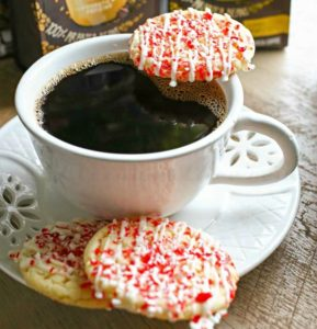 Peppermint-Cookies-and-Coffee