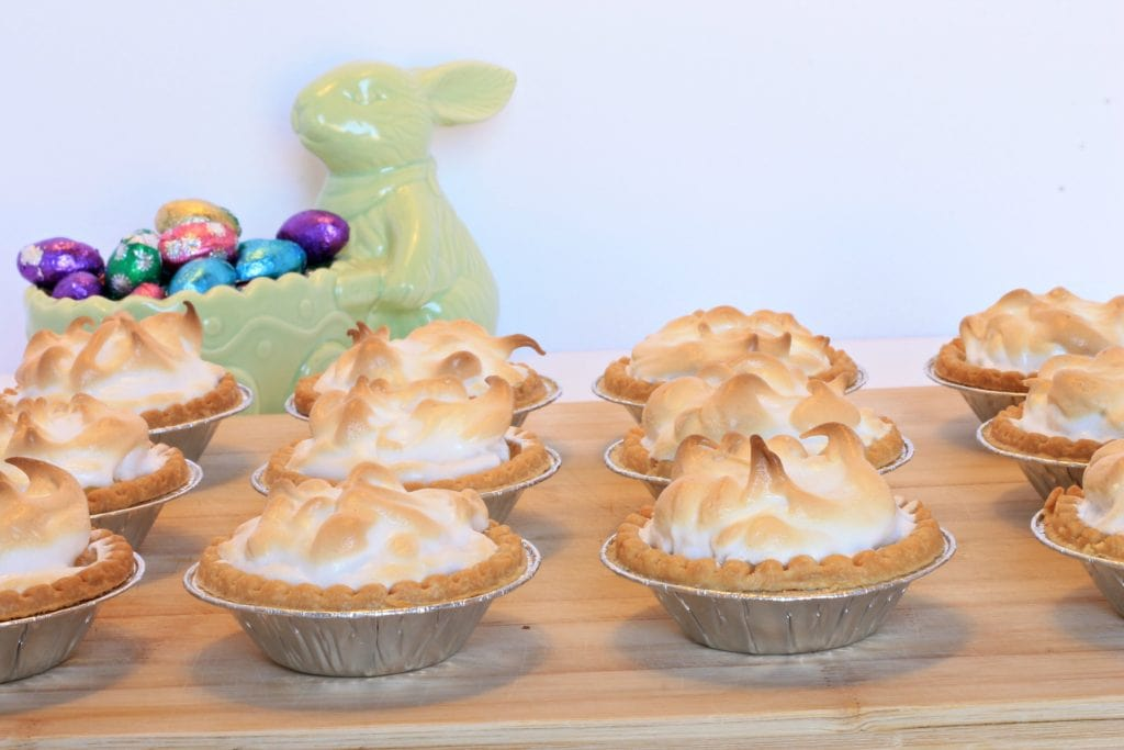 Lemon-Meringue-Tarts