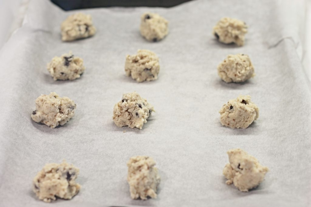 Cookie Dough balls on baking tray for Pecan Meltaways